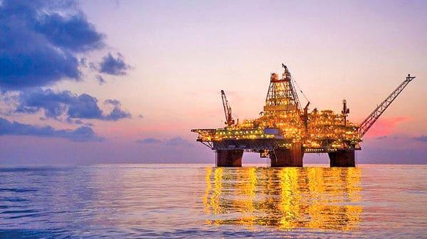 مشکلات حمل و نقل و بازار نفت خام